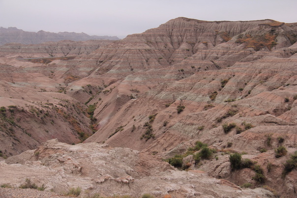 Badlands National Park different colors canyons