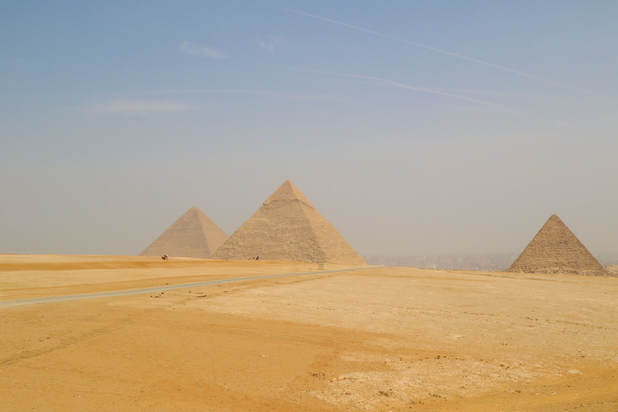 the 3 pyramids of Giza
