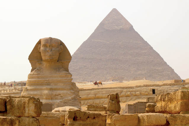 Sphinx and the second pyramid