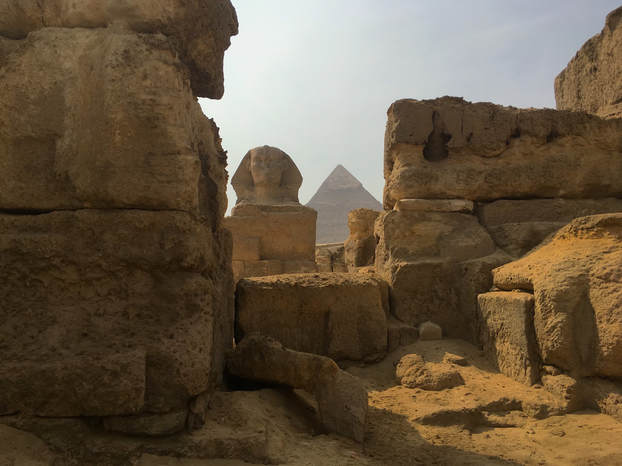 The Sphinx and the Second pyramid